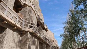 Arquitectura del budismo antiguo grutas de dunhuang mogao en gansu china foto