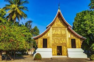templo de wat xieng thong de la ciudad dorada luang prabang laos. foto