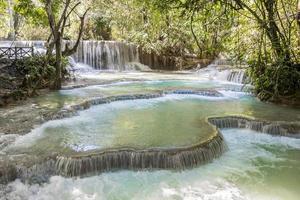 cascadas de kuang si, luang prabang, laos. cascada mas hermosa foto