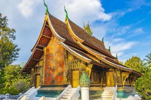 templo de wat xieng thong de ciudad dorada luang prabang laos foto