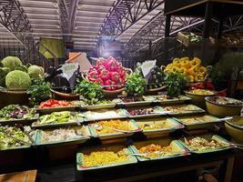 Hamburgo, Alemania: buffet diverso, colorido y vegano en el aeropuerto de Hamburgo foto