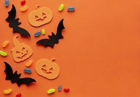 colección de objetos de fiesta de halloween formando un marco foto