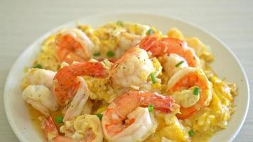 homemade creamy omelet with shrimps or scrambled eggs and shrimps video