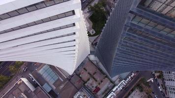 Luftbild der Zwillingswolkenkratzer video