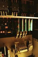 unidades de control para ascensores modernos totalmente electrónicos foto