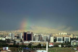 Ankara, la capital de Turquía después de la lluvia. foto