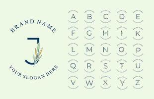 conjunto de logotipo del alfabeto con hermosas hojas dibujadas a mano vector