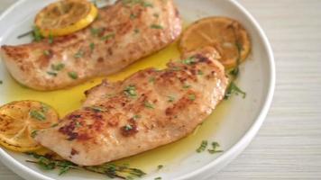 grilled chicken steak with butter lemon video