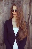 hermosa chica en gafas de sol foto