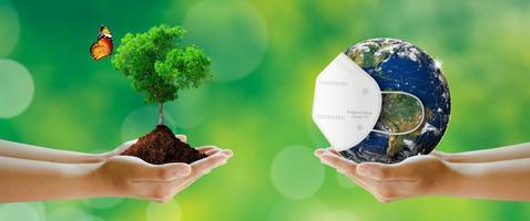 Ataque mundial del virus corona o covid-19 y día mundial del medio ambiente. foto
