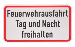 signo alemán aislado sobre blanco. salida del departamento de bomberos, manténgase limpio foto
