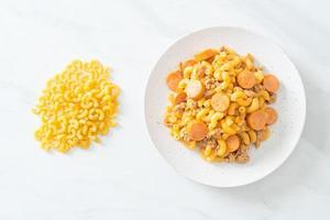 macaroni sausage and minced pork photo
