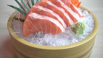 rohes frisches Lachsfleisch Sashimi video