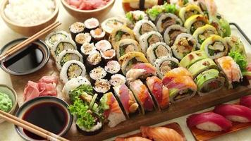 Sushi is a very tasty Japanese food video