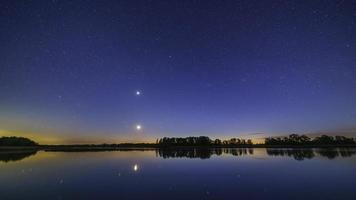 Beautiful night time lapse video