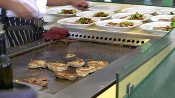 grilled or fried tuna steak video