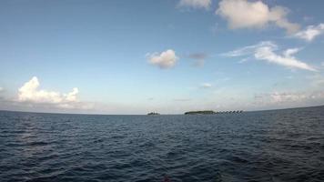 movendo-se na vista do mar do navio video