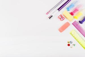 papelería escolar colorida foto
