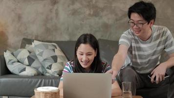 empresa familiar, comércio eletrônico e trabalho em casa em covid-19. video