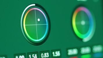edición de control de gradación de color en el monitor. mostrando ajustar el color. video
