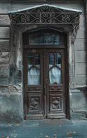 old door backdrop photo