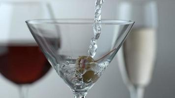 Pouring a martini, slow motion shot on Phantom Flex 4K at 1000 fps video