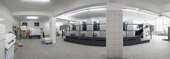 máquinas de impresión offset de dos, cuatro y cinco unidades foto