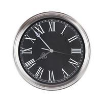de cinco a ocho en una esfera de reloj foto