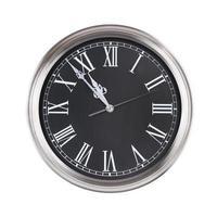 cinco minutos para las once en el reloj foto