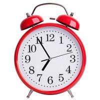 el despertador redondo muestra de cinco a siete foto