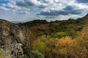 paisaje rural de montaña del cáucaso foto