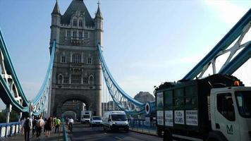 timelapse tower bridge i london, Storbritannien video