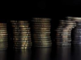 Pila de monedas de euro, fondo de la unión europea foto