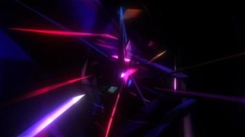 gloed roze paarse chaos driehoek bewegen in mesh tunnel animatie. video