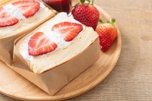 pancake sandwich strawberry fresh cream photo