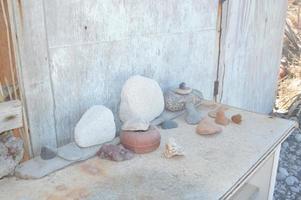 decorar con objetos marinos una casa de pescadores en la isla de rodas en grecia foto