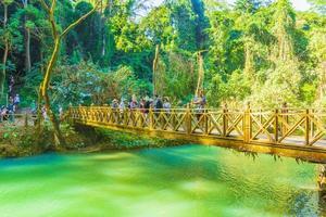 Cascada de Kuang Si en Luang Prabang, Laos, 2018 foto