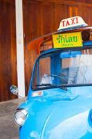 servicio de taxi tuk-tuk coche foto