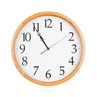 Five minutes to eleven photo