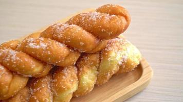 spiral sugar donut video