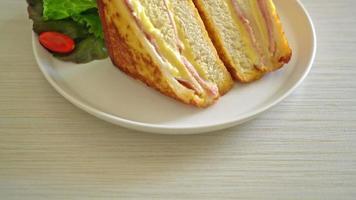 homemade ham cheese sandwich video