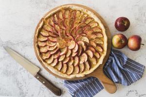 top view delicious apple pie photo
