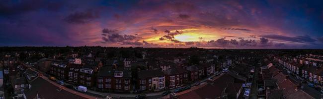 puesta de sol en el cielo imagen panorámica aérea foto