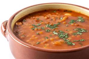 sopa de lentejas rojas foto