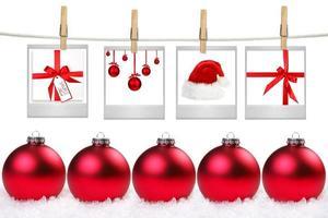espacios en blanco de película con imágenes de artículos de temática navideña foto