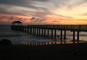 hermoso, hanalei, bahía, muelle, ocaso, en, hawai foto