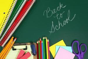 artículos de regreso a la escuela con espacio de copia foto