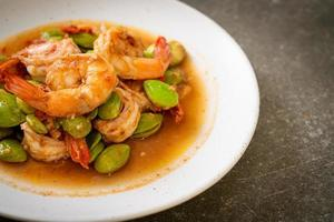 Stir-Fried Twisted Cluster Bean with Shrimp photo