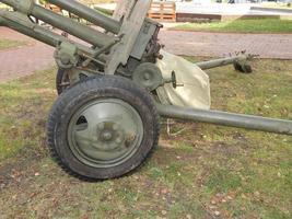 coches militares, equipos, artículos y elementos retro. foto
