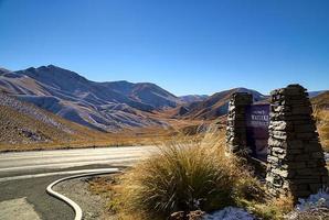 waitaki district road, lindis pass photo